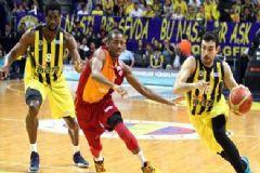 Fenerbahçe Seride 2-0 Yaptı