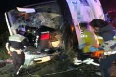 Yozgat'ta Feci Kaza: 3 Ölü 30 Yaralı