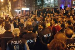 'Türk Bayrağı Yakıldı' İddiası Ortalığı Karıştırdı