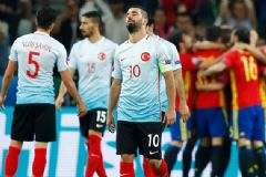 Arda Turan'dan Maç Sonrası  Tepkilere 'Sessiz' Yanıt