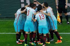 Türkiye: 1 Çek Cumhuriyeti:0 İşte Millilerin Gol Sevinci