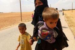 DAEŞ Menbiç'te 900 Kürt Sivili Kaçırdı