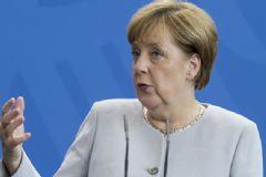 Merkel İngiltere'nin AB'den Ayrılması Hakkında Konuştu: Acelesi Yok