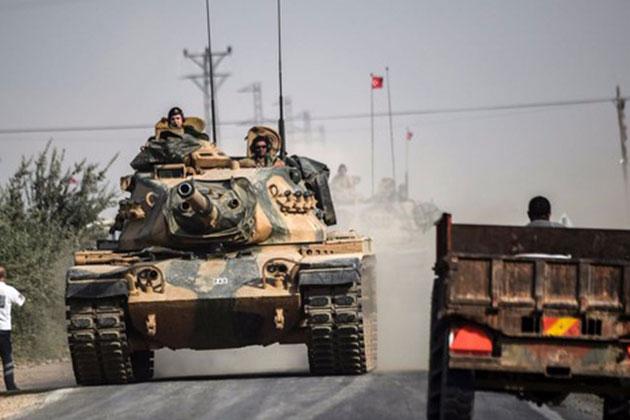 Tanklar Operasyonun İkinci Gününde Suriye'ye Geçti