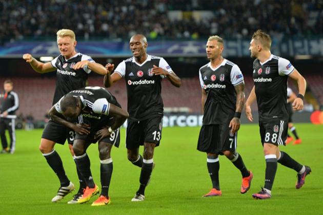 Beşiktaş, İtalya'da Napoli'yi 3-2'lik Skorla Ezdi