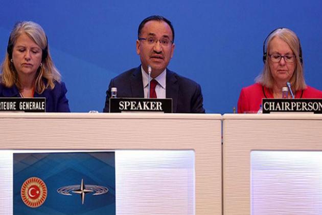 Bozdağ, NATO Toplantısında HDP'li Vekille Tartıştı