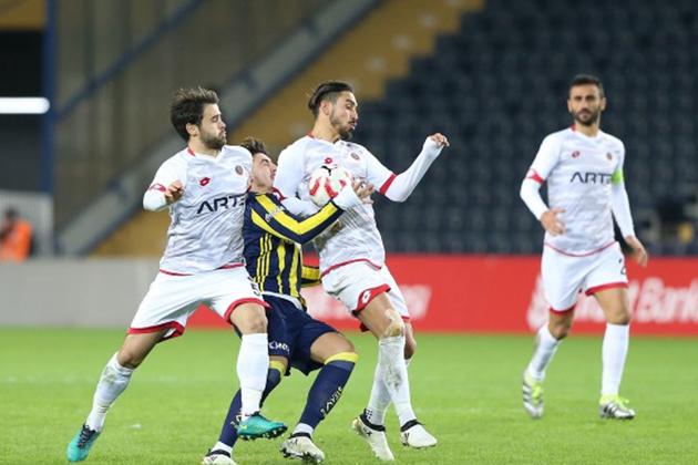 Gençlerbirliği Genç Fenerbahçe'yi Devirdi