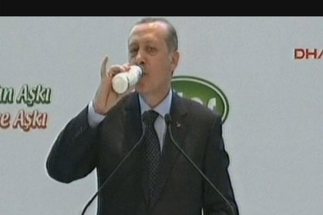 Cumhurbaşkanı Erdoğan: Vatandaş 2 Milyar Dolarını Bozarak Türk Lirası'na Çevirdi