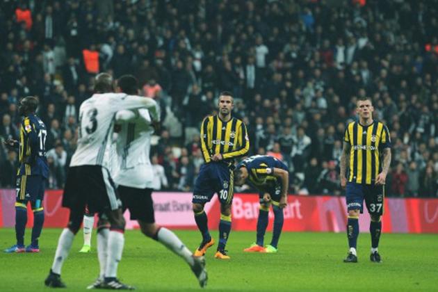 TFF Beşiktaş - Fenerbahçe Derbisinde Çıkan Olaylar İçin Kararını Verdi