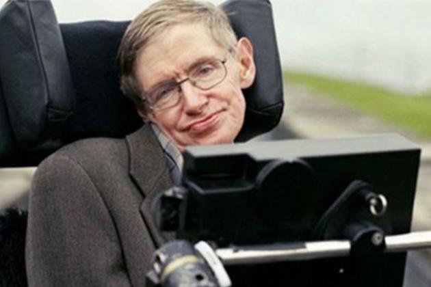 Ünlü Fizikçi Stephen Hawking Hayatını Kaybetti!