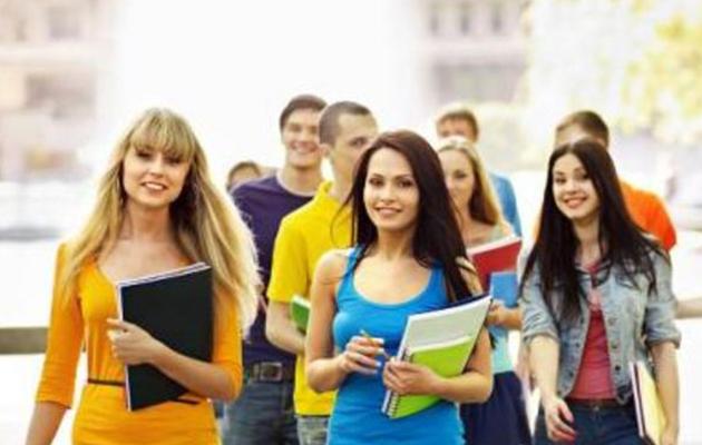 İşte Üniversite Öğrencilerine Burs Veren Kurumlar Ve Başvuru Tarihleri!