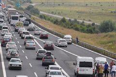 TEM Otoyolunda Trafik Durma Noktasına Geldi