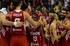 A Milli Erkek Basketbol Takımı'nda Kadro 12'ye Düştü