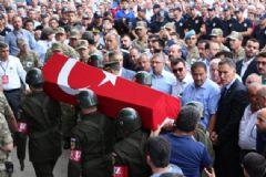 Giresun'da Düşen Helikopterin Şehit Pilotu Toprağa Verildi