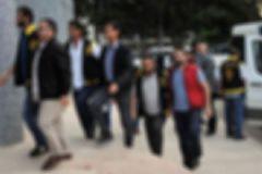 İzmir'de Paralel Yapı Operasyonu: 8 Gözaltı