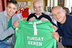 Galatasaray'ın Efsane İsimlerinden Turgay Şeren Hayatını Kaybetti