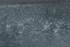 Meteoroloji'den Sağanak Yağış ve Dolu Uyarısı