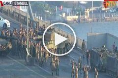 Boğaziçi Köprüsü'nde Darbeci Askerlerin Gözaltına Alınma Anı
