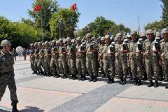 TRT'yi 400 Hava Harp Okulu Öğrencisiyle Basmışlar