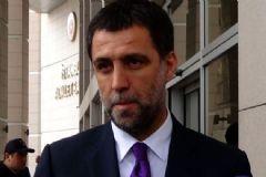 Hakan Şükür'e Bir Darbe de Galatasaray'dan
