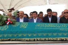 Davutoğlu Katıldığı Cenaze Töreninde Ölümle Tehdit Edildi