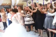 Düğünde Gelin - Damat Atışması