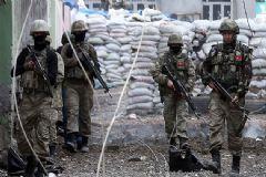 Çukurca'da Askeri Birliğe Hain Saldırı: 3 Asker Yaralı!