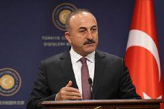 Çavuşoğlu: YPG Fırat'ın Doğusuna Geçmezse Vururuz