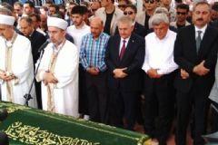 Bakan Işık'ın Annesinin Cenaze Töreni Gerçekleşti