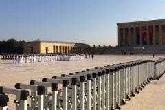 Anıtkabir'de Yoğun Güvenlik Önlemi