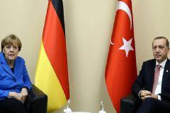 Merkel İle Erdoğan Görüştü