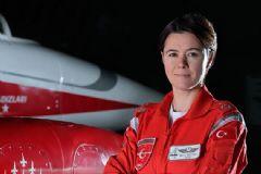 TSK'da Bir İlk! İşte Türk Yıldızları'nın Kadın Komutanı