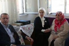Cumhurbaşkanı'ndan Şehit Ailesine Bayram Ziyareti