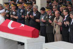 Suriye'de Şehit Olan Asker Son Yolculuğuna Uğurlandı