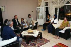 Cumhurbaşkanı Erdoğan 15 Temmuz Şehitlerinin Ailelerini Ziyaret Etti
