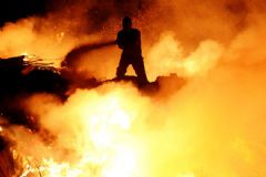 Bodrum'da Çıkan Yangın 12 Saatte Güçlükle Söndürüldü