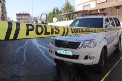 Cemevine Bombalı Saldırı İhbarı Üzerine Operasyon Düzenlendi