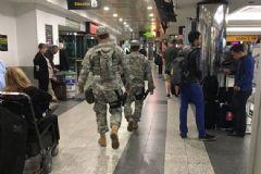 ABD'nin La Guardia Havalimanı'nda Bomba Paniği