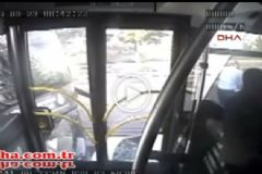 İşte Metrobüsün İçinde Yaşanan O Saldırı Anı