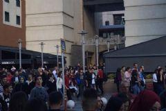 Bayrampaşa'daki AVM'de Alarm! Boşaltıldı