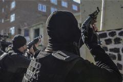 İzmir Bu Gece Alarma Geçti! Emniyet Çok Sayıda Polisi Bölgeye Sevk Etti