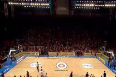 Galatasaray-Cska Maçında Hakemler Sahayı Terk Etti