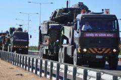 17 TIR'lık Tank Ve Zırhlı Araç Silopi'ye Hareket Etti