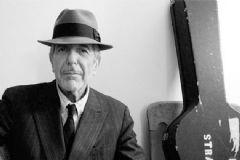 Dünyaca Ünlü Sanatçı Leonard Cohen Hayatını Kaybetti