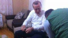 Cumhurbaşkanı Erdoğan Şehit Evinde Abdest Alırken Görüntülendi