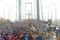 'Kahramanlar Koşusu'na Binlerce Kişi Katıldı