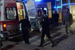 Suriye'de Yaralanan 4 Türk Askeri Kilis'e Getirildi