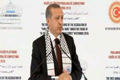 Cumhurbaşkanı Erdoğan: 'Ezan Tartışmalarını Son Derece Tehlikeli Buluyorum'