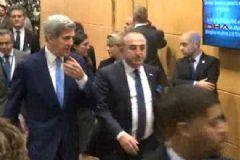 Çavuşoğlu, John Kerry ile Baş Başa Görüştü