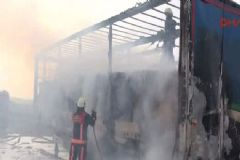 İstanbul TEM'de TIR Yangını